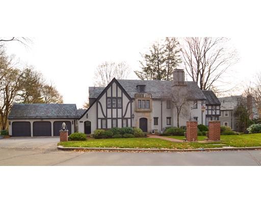 Maison unifamiliale pour l Vente à 69 Farlow Road 69 Farlow Road Newton, Massachusetts 02458 États-Unis