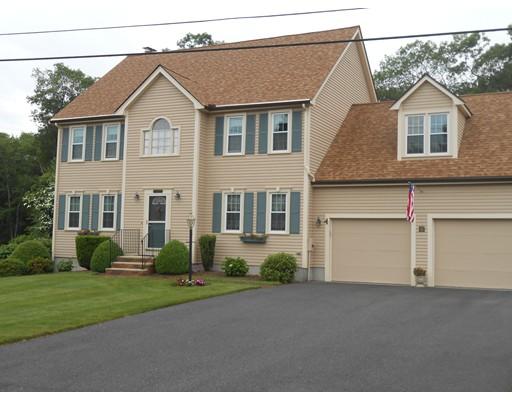 Maison unifamiliale pour l Vente à 8 Quinshipaug Road 8 Quinshipaug Road Milford, Massachusetts 01757 États-Unis