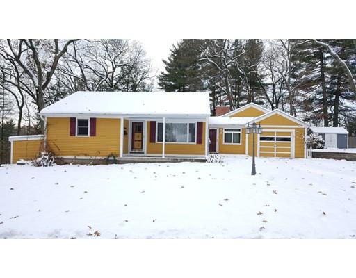 واحد منزل الأسرة للـ Sale في 11 Miner Avenue 11 Miner Avenue Chelmsford, Massachusetts 01863 United States