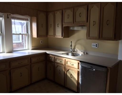 Appartement pour l à louer à 89 Brook Road #2 89 Brook Road #2 Milton, Massachusetts 02186 États-Unis