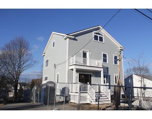 Maison unifamiliale pour l Vente à 95 Quincy Avenue 95 Quincy Avenue Dedham, Massachusetts 02494 États-Unis