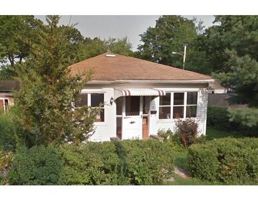 Single Family Home for Sale at 191 Tennyson Road 191 Tennyson Road Warwick, Rhode Island 02888 United States