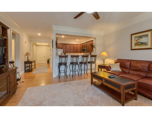 شقة بعمارة للـ Sale في 12 Braemoor Woods Road 12 Braemoor Woods Road Salem, New Hampshire 03079 United States