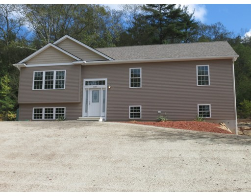 Casa Unifamiliar por un Venta en 73 Bacon Hill Road 73 Bacon Hill Road Spencer, Massachusetts 01562 Estados Unidos
