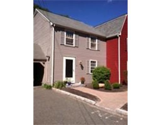 Condominio por un Alquiler en 105 King George Drive #12 105 King George Drive #12 Georgetown, Massachusetts 01833 Estados Unidos