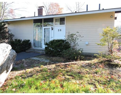 Casa Unifamiliar por un Alquiler en 28 Tuttle Drive 28 Tuttle Drive Acton, Massachusetts 01720 Estados Unidos