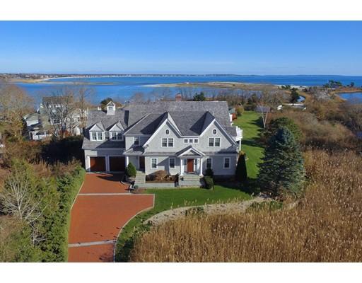 Частный односемейный дом для того Продажа на 410 Wianno Avenue 410 Wianno Avenue Barnstable, Массачусетс 02655 Соединенные Штаты