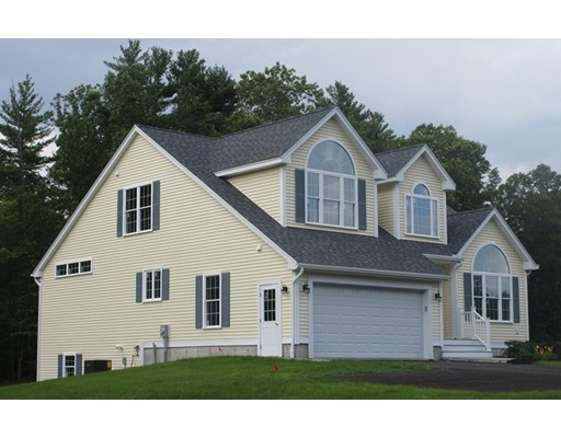 Single Family Home for Sale at 7 Spaulding Lane 7 Spaulding Lane Pepperell, Massachusetts 01463 United States