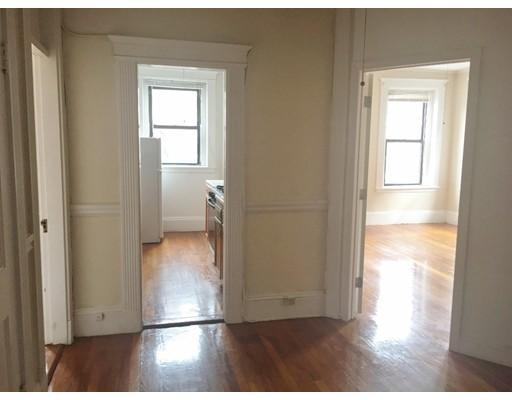 Casa Unifamiliar por un Alquiler en 1254 Commonwealth Avenue Boston, Massachusetts 02134 Estados Unidos