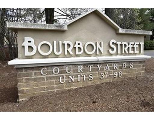 独户住宅 为 出租 在 17 Bourbon Street 17 Bourbon Street 皮博迪, 马萨诸塞州 01960 美国