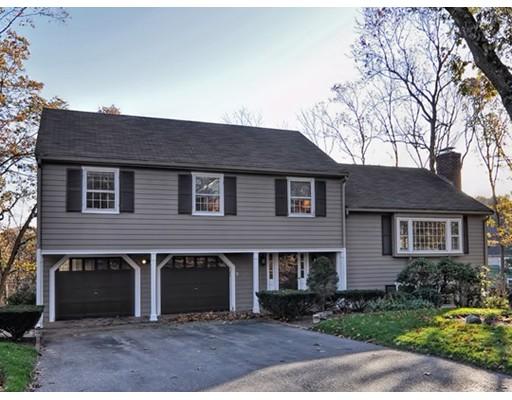 Maison unifamiliale pour l Vente à 83 Thornberry Road 83 Thornberry Road Winchester, Massachusetts 01890 États-Unis
