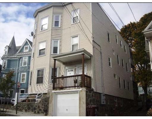 Appartement en copropriété pour l Vente à 6 Elm Street 6 Elm Street Everett, Massachusetts 02149 États-Unis
