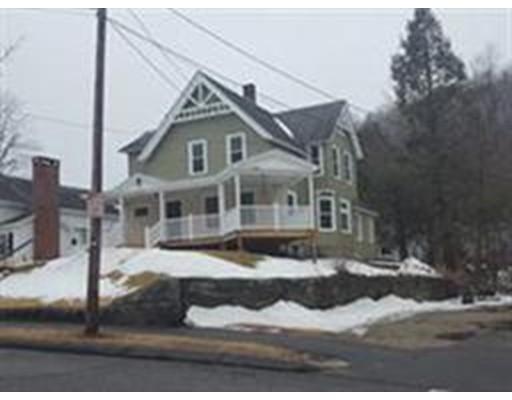 多户住宅 为 销售 在 23 Green Street Monson, 马萨诸塞州 01057 美国