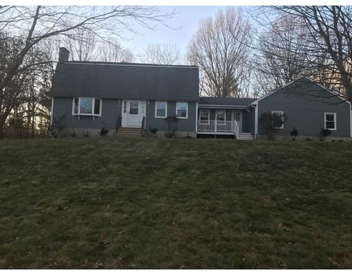 Частный односемейный дом для того Продажа на 31 Intervale Road 31 Intervale Road Dudley, Массачусетс 01571 Соединенные Штаты