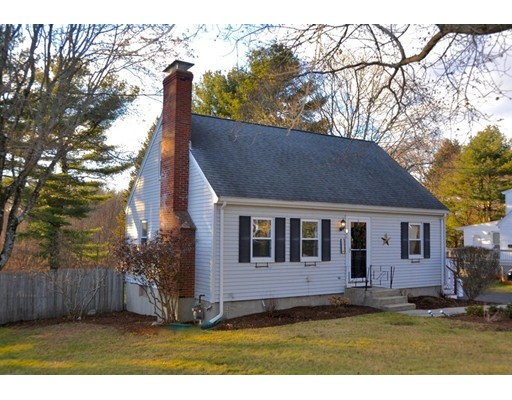Casa Unifamiliar por un Venta en 295 Plain Street 295 Plain Street Millis, Massachusetts 02054 Estados Unidos
