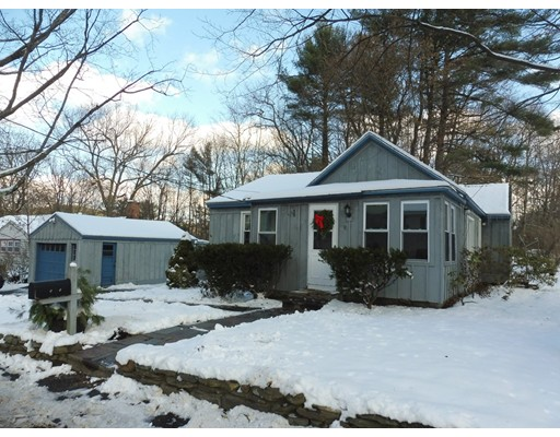 独户住宅 为 销售 在 9 Willard Road 9 Willard Road 艾什本罕, 马萨诸塞州 01430 美国