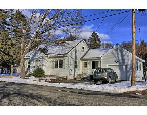 Maison unifamiliale pour l Vente à 34 Arrowhead Avenue 34 Arrowhead Avenue Northbridge, Massachusetts 01534 États-Unis