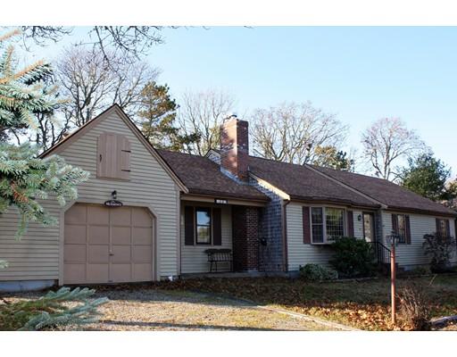 独户住宅 为 销售 在 23 East Road 23 East Road 查塔姆, 马萨诸塞州 02659 美国