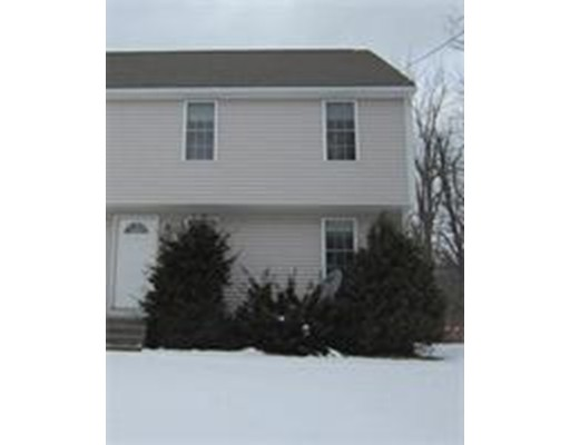 Townhouse for Rent at 15 Sunnyside Avenue #1 15 Sunnyside Avenue #1 Rutland, Massachusetts 01543 United States