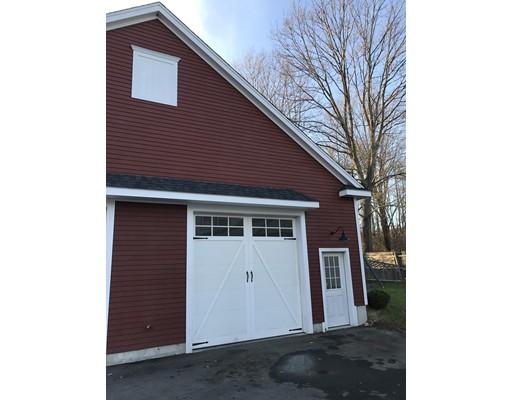 Commercial pour l à louer à 172 Hayden Rowe Street 172 Hayden Rowe Street Hopkinton, Massachusetts 01748 États-Unis