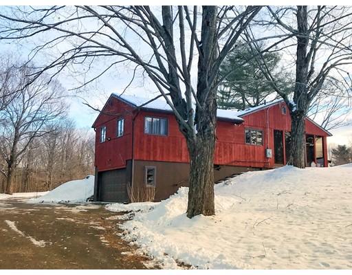 Casa Unifamiliar por un Venta en 734 Main Road 734 Main Road Granville, Massachusetts 01034 Estados Unidos