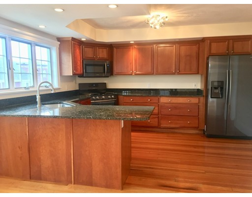Condominium for Rent at 6 Russell Rd #6 6 Russell Rd #6 Winchester, Massachusetts 01890 United States