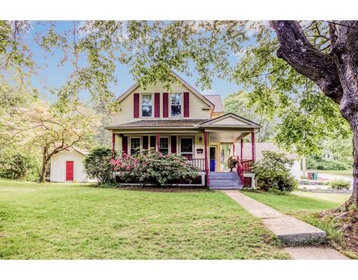 واحد منزل الأسرة للـ Sale في 2 Oak Street 2 Oak Street Auburn, Massachusetts 01501 United States