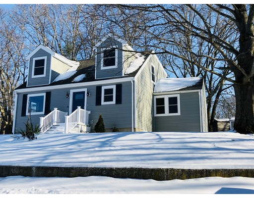 Casa Unifamiliar por un Venta en 36 Fox Hill Road 36 Fox Hill Road Billerica, Massachusetts 01821 Estados Unidos