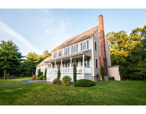 Single Family Home for Sale at 52 Dons Way 52 Dons Way Middleboro, Massachusetts 02346 United States
