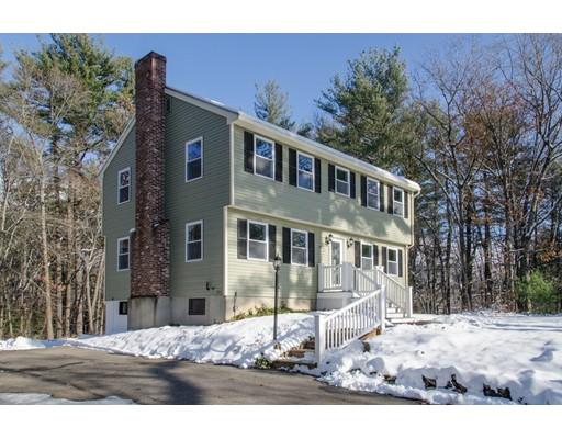 Частный односемейный дом для того Продажа на 87 IPSWICH ROAD 87 IPSWICH ROAD Boxford, Массачусетс 01921 Соединенные Штаты