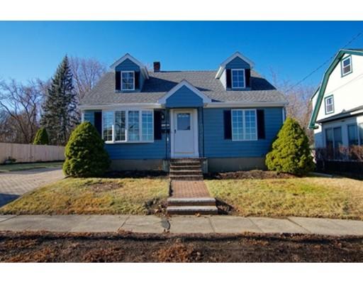 Maison unifamiliale pour l Vente à 38 Abington Street 38 Abington Street Peabody, Massachusetts 01960 États-Unis