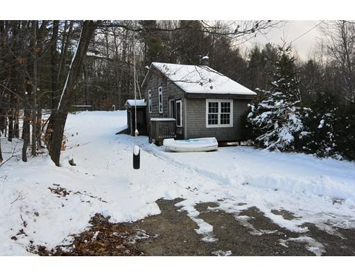Casa Unifamiliar por un Venta en 56 Lake Dr E 56 Lake Dr E Westminster, Massachusetts 01473 Estados Unidos
