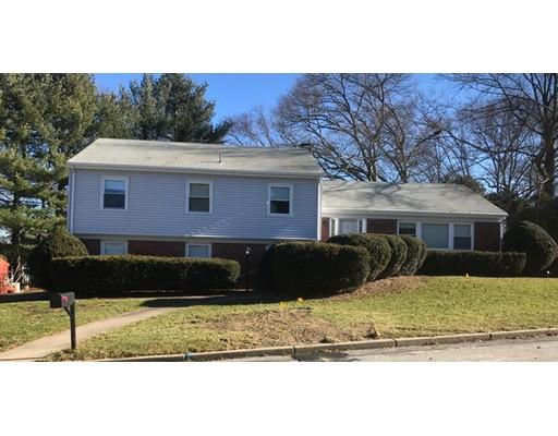 独户住宅 为 销售 在 19 Musket Road 19 Musket Road Lincoln, 罗得岛 02865 美国