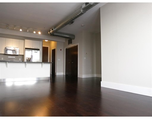 Single Family Home for Rent at 154 W 2nd Street Boston, 02127 United States