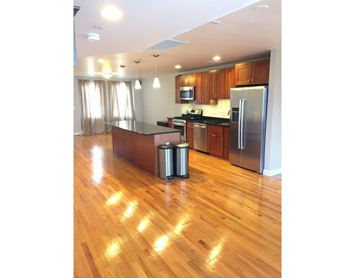 Rentals for Rent at 387 Hyde Park Avenue 387 Hyde Park Avenue Boston, Massachusetts 02131 United States