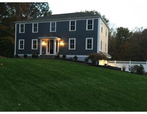 独户住宅 为 销售 在 49 Wanders Drive 49 Wanders Drive 欣厄姆, 马萨诸塞州 02043 美国