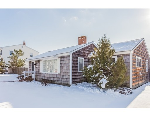Single Family Home for Sale at 214 Bristol Street 214 Bristol Street Seabrook, New Hampshire 03874 United States