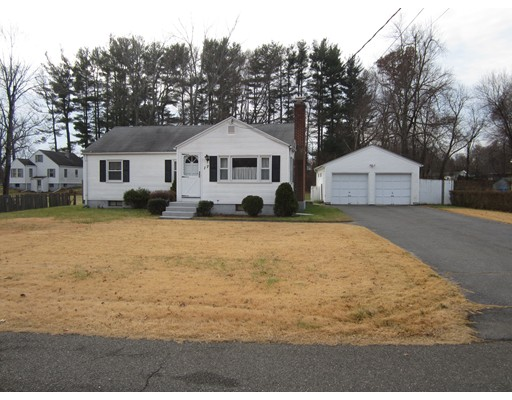Single Family Home for Sale at 17 Simpson Circle 17 Simpson Circle Agawam, Massachusetts 01001 United States