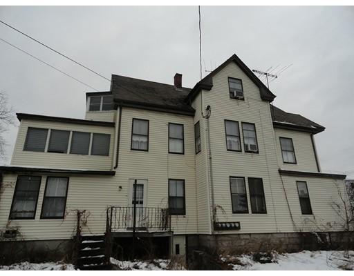 Maison avec plusieurs logements pour l Vente à 43 Jefferson Street 43 Jefferson Street Milford, Massachusetts 01757 États-Unis