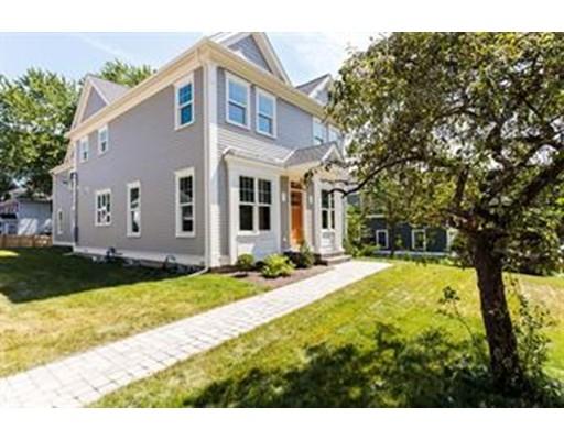 Частный односемейный дом для того Аренда на 9 Ridgeway Avenue 9 Ridgeway Avenue Needham, Массачусетс 02492 Соединенные Штаты