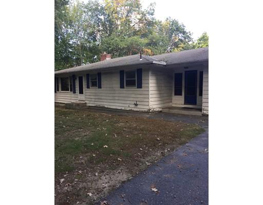 واحد منزل الأسرة للـ Sale في 15 Clement Road 15 Clement Road Townsend, Massachusetts 01474 United States