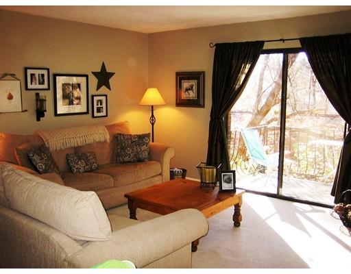 Appartement en copropriété pour l Vente à 59 School Street 59 School Street Northborough, Massachusetts 01532 États-Unis