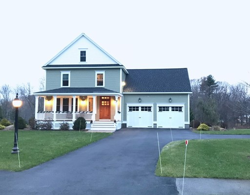 Single Family Home for Sale at 7 Wilson Circle 7 Wilson Circle Ashland, Massachusetts 01721 United States