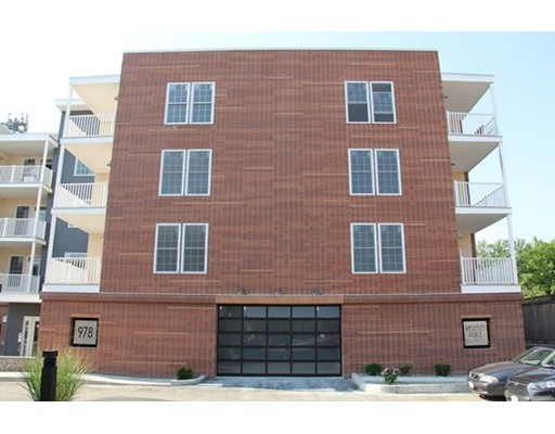 Additional photo for property listing at 978 Worcester Street  韦尔茨利, 马萨诸塞州 02482 美国