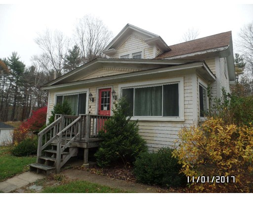 Single Family Home for Sale at 192 School St N 192 School St N Barre, Massachusetts 01005 United States