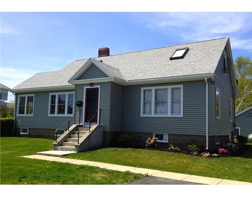 واحد منزل الأسرة للـ Sale في 9 Crowell Avenue 9 Crowell Avenue Gloucester, Massachusetts 01930 United States