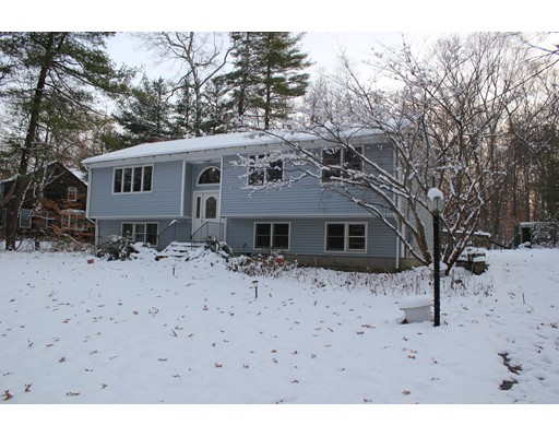 Single Family Home for Sale at 126 Middlesex Street 126 Middlesex Street Millis, Massachusetts 02054 United States