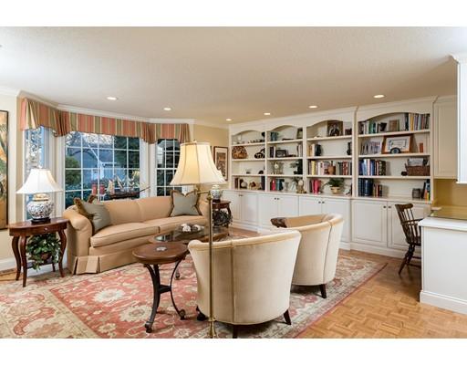 共管式独立产权公寓 为 销售 在 104 Thistle Patch 104 Thistle Patch 欣厄姆, 马萨诸塞州 02043 美国