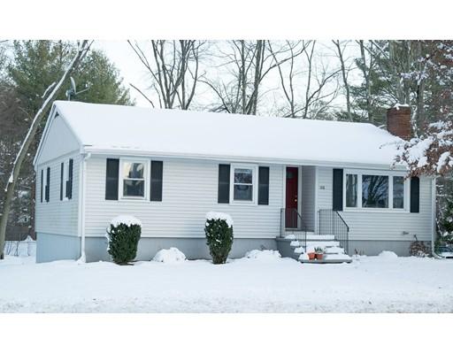 Частный односемейный дом для того Продажа на 128 Wilmington Road 128 Wilmington Road Burlington, Массачусетс 01803 Соединенные Штаты