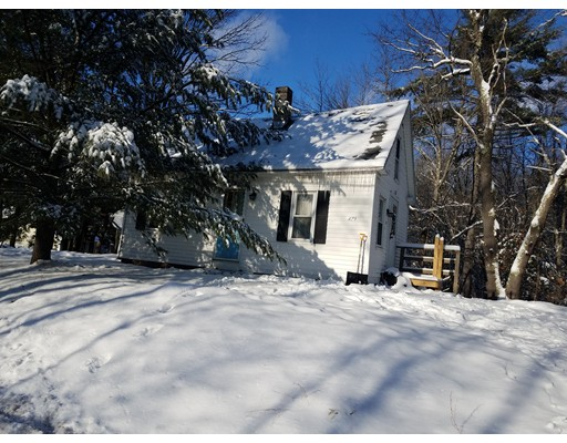 Single Family Home for Sale at 479 School Winchendon, 01475 United States